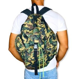 American Eagle Men Camouflage Drawstring Backpack